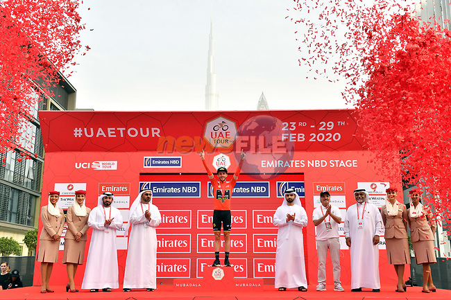 Race leader Adam Yates (GBR) Mitchelton-Scott retains the Red Jersey at the end of Stage 4 the Emirates NBD Stage of the UAE Tour 2020 running 173km from Dubai Zabeel Park to Dubai City Walk, Dubai. 26th February 2020.<br /> Picture: LaPresse/Massimo Paolone | Cyclefile<br /> <br /> All photos usage must carry mandatory copyright credit (© Cyclefile | LaPresse/Massimo Paolone)