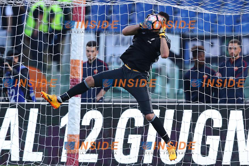 Gianluigi Buffon Juventus<br /> Roma 14-05-2017  Stadio Olimpico <br /> Campionato Serie A AS Roma - Juventus<br /> Foto Cesare Purini / Insidefoto