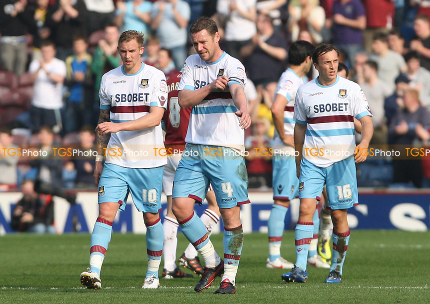 Dejection for the West Ham players - Burnley vs West Ham United, npower Championship at Turf Moor, Burnley - 24/03/12 - MANDATORY CREDIT: Rob Newell/TGSPHOTO - Self billing applies where appropriate - 0845 094 6026 - contact@tgsphoto.co.uk - NO UNPAID USE..
