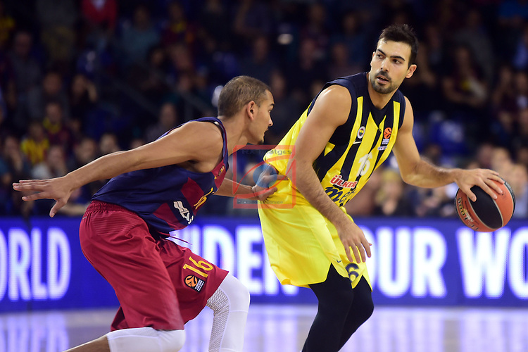 Turkish Airlines Euroleague 2016/2017.<br /> Regular Season - Round 2.<br /> FC Barcelona Lassa vs Fenerbahce Istanbul: 72-73.<br /> Stefan Peno vs Kostas Sloukas.
