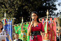 Roma 10 Ottobre 2009.Manifestazione nazionale  contro l'Omofobia.Maria Grazia Cucinotta, madrina della manifestazione.Rome, October 10, 2009.The national demonstration against homophobia..Maria Grazia Cucinotta, godmother of the demonstration