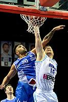 GRONINGEN - Basketbal, Donar - Landstede Martiniplaza, Dutch Basketbal League, seizoen 2018-2019, 06-12-2018,  Landstede speler Franko House met Donar speler Thomas Koenes