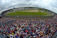 Verizon IndyCar Series<br /> Indianapolis 500 Race<br /> Indianapolis Motor Speedway, Indianapolis, IN USA<br /> Sunday 28 May 2017<br /> Cars speed through Turn One.<br /> World Copyright: F. Peirce Williams<br /> LAT Images