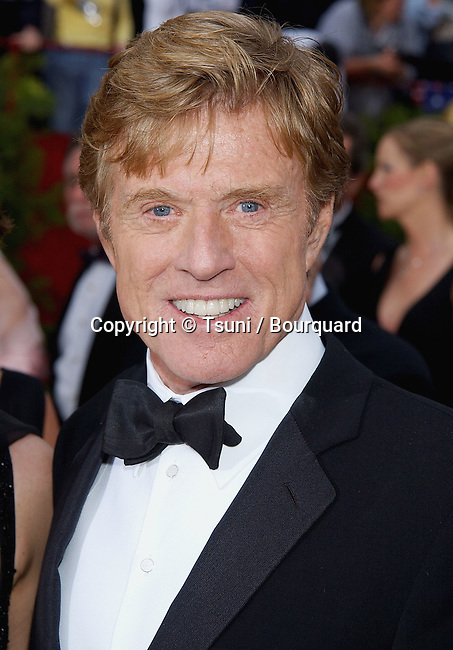 Robert Redford arriving at the 74th Annual Academy Awards at the kodak Theatre in Los Angeles. March 24, 2002.