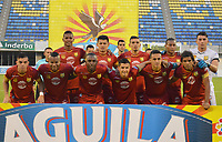 BARRANCABERMEJA - COLOMBIA, 27-04-2016:  Jugadores del Rionegro posan para una foto previo al partido entre Alianza Petrolera y Rionegro Águilas por la fecha 17 de la Liga Águila I 2018 disputado en el estadio Daniel Villa Zapata de la ciudad de Barrancabermeja. / Players of Rionegro pose to a photo prior the match between Alianza Petrolera and Rionegro Aguilas for the date 17 of the Aguila League I 2018 played at Daniel Villa Zapata stadium in Barrancabermeja city. Photo: VizzorImage / Jose Martinez / Cont