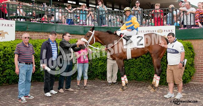 Vicarious Won winning at Delaware Park on 5/27/13.