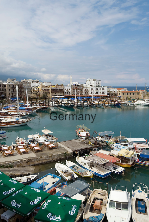 CYPRUS, North cyprus (turkish), Keryneia (Girne): small seaport at north-coast with mediterranean flair | ZYPERN, Nord-Zypern (tuerkisch), Keryneia (Girne): Hafenstadt an der Nordkueste mit mediterranem Flair
