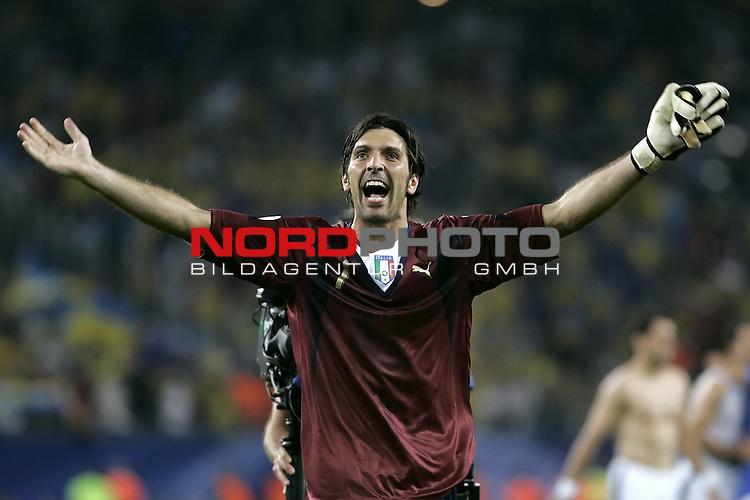 FIFA WM 2006 -  Viertelfinale <br /> Play    #58 (26-Jun) - Italien - Ukraine<br /> <br /> Jubel BUFFON Gianluigi (GK)<br /> <br /> Foto &copy; nordphoto