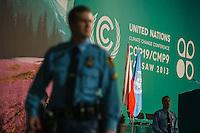 13-11-11 Warschau COP19 UN-Klimagpifel