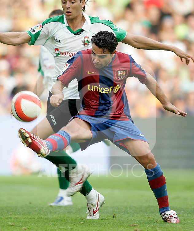 FC Barcelona's Xavi Hernandez during the Spanish League match between Racing de Santander and FC Barcelona at El Sardinero Stadium in Santander, Sunday August 26 2007. (ALTERPHOTOS/B.Echavarri).