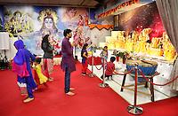 Nederland  Amsterdam. Divali viering in de Bijlmer in de Lord Shiva Hindu Temples.  Foto Berlinda van Dam / Hollandse Hoogte