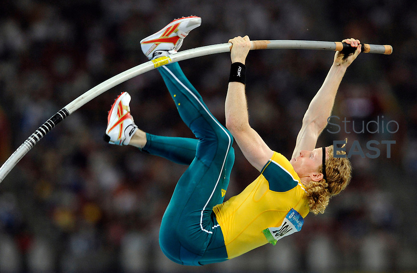 Australia's Steve Hooker competes in the men's pole vault final at the 'Bird's Nest' National Stadium during the 2008 Beijing Olympic Games on August 22, 2008. Photo by Lucas Schifres/Pictobank/Cameleon/ABACAPRESS.COM