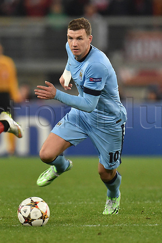10.12.2014. Rome, Italy. UEFA Champions League Group E match between AS Roma 0-2 Manchester City at Stadio Olimpico in Rome, Italy. Edin Dzeko Manchester City