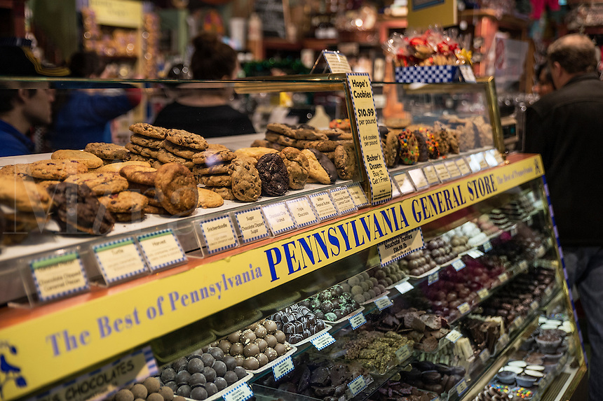 Candy shop at the Reading Terminal Market, shop, USA