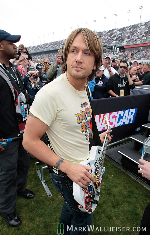 Country music recording artist Keith Urban pauses before taking the stage to play prior to the start of the 51st Daytona 500 NASCAR Sprint Cup Series race at the Daytona International Speedway in Daytona Beach, Florida February 15, 2009.  (Mark Wallheiser/TallahasseeStock.com)