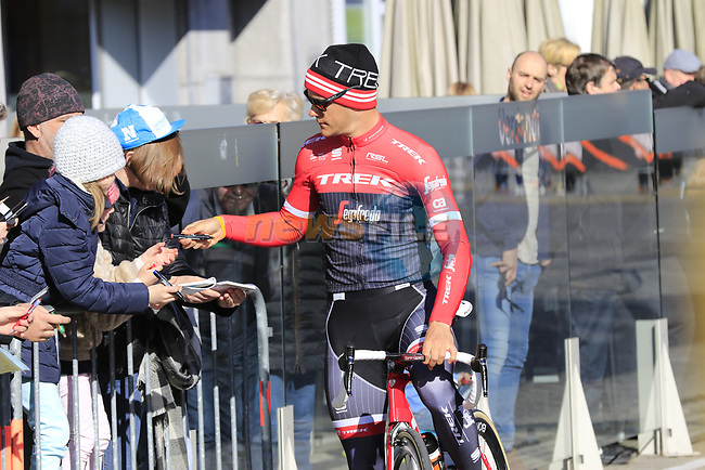 Jasper Stuyven (BEL) Trek-Segafredo with fans before the start of Gent-Wevelgem in Flanders Fields 2017, running 249km from Denieze to Wevelgem, Flanders, Belgium. 26th March 2017.<br /> Picture: Eoin Clarke | Cyclefile<br /> <br /> <br /> All photos usage must carry mandatory copyright credit (&copy; Cyclefile | Eoin Clarke)
