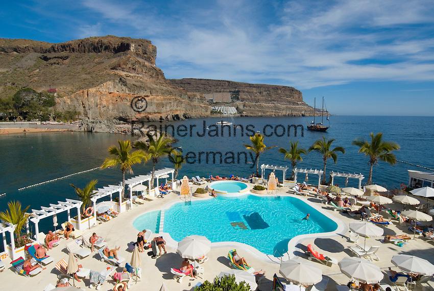 Spain, Canary Islands, Gran Canaria, Puerto de Mogan: Hotel Club de Mar, Pool   Spanien, Kanaren, Gran Canaria, Puerto de Mogan: Hotel Club de Mar, Pool