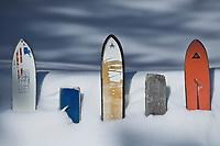 Europe/France/73/Savoie/Val d'Isère: Hameau du Fornet- détail cloture du jardin d'une maison en hiver réalisée avec de skis