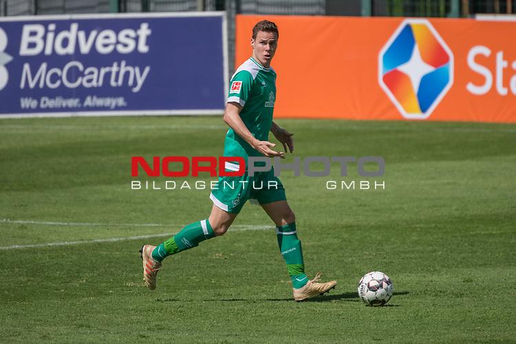 11.01.2019, Bidvest Stadion, Braampark, Johannesburg, RSA, FSP, SV Werder Bremen (GER) vs Bidvest Wits FC (ZA)<br /> <br /> im Bild / picture shows <br /> <br /> Niklas Moisander (Werder Bremen #18)<br /> <br /> Foto &copy; nordphoto / Kokenge