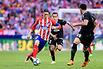 Fernando Torres of Atletico de Madrid (L) in action during the La Liga match between Atletico Madrid and Eibar at Wanda Metropolitano Stadium on May 20, 2018 in Madrid, Spain. Photo by Diego Souto / Power Sport Images