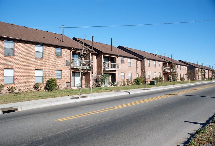 1990 December ..Redevelopment.Huntersville 1&2 (R-70)..McCULLOUGHS PARADISE...NEG#.NRHA#..