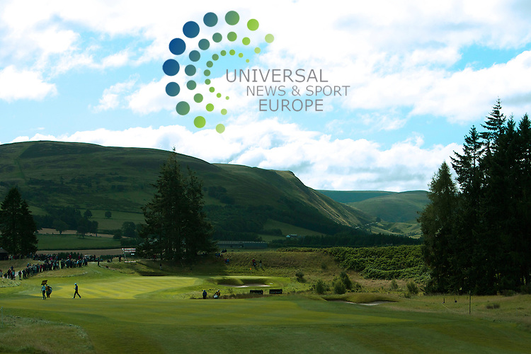 The Johnnie Walker Golf Championship 2010..29/08/10.. General View of the First hole in today's Final Round of the Johnnie Walker Golf Championship. This is also the last event  for precious Ryder Cup points...At The Centenary Course Gleneagles, Perthshire, Scotland ...Picture, Mark Davison/Universal News and Sport.