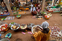BURKINA FASO, Po, market with local agricultural products /<br />
