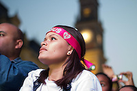 SÃO PAULO, SP - 08.06.2013: CANTO PELA VIDA -  Estação da Luz em São Paulo é tomada por fiéis durante o Evento Canto Pela Vida. São esperadas 100 mil pessoas pela organização do evento. (Foto: Marcelo Brammer/Brazil Photo Press)
