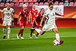 25.07.2017, Stadion Galgenwaard, Utrecht, NLD, Tilburg, UEFA Women's Euro 2017, Russland (RUS) vs Deutschland (GER), <br /> <br /> im Bild | picture shows<br /> Babett Peter (Deutschland #5) | (Germany #5) trifft per Elfmeter zum 1:0,<br /> <br /> Foto © nordphoto / Rauch