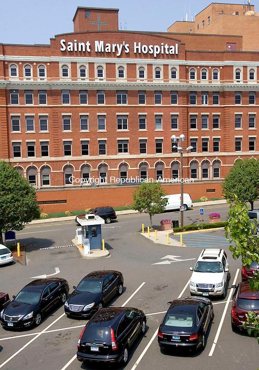 WATERBURY CT. 24 July 2014-072514SV07-Saint Mary's Hospital in Waterbury Friday. <br /> Steven Valenti Republican-American