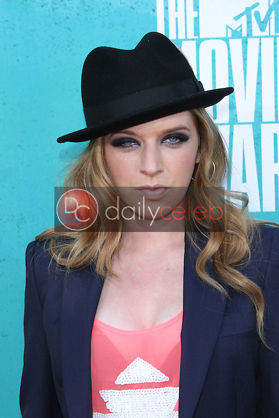 ZZ Ward<br />