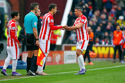 27.02.2016. Britannia Stadium, Stoke, England. Barclays Premier League. Stoke City versus Aston Villa. A double substitution. Jonathan Walters of Stoke City is replaced by Joselu of Stoke City and Ibrahim Afellay of Stoke City is replaced by Bojan Krkic of Stoke City