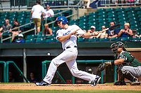Travis Harrison (17) of the Chattanooga Lookouts bats during a game between the Jackson Generals and Chattanooga Lookouts at AT&T Field on May 10, 2015 in Chattanooga, Tennessee. (Brace Hemmelgarn/Four Seam Images)