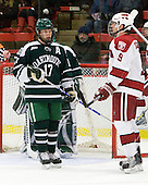 Scott Fleming (Dartmouth - 17), Alex Killorn (Harvard - 19) - The Harvard University Crimson defeated the Dartmouth College Big Green 4-1 (EN) on Monday, January 18, 2010, at Bright Hockey Center in Cambridge, Massachusetts.