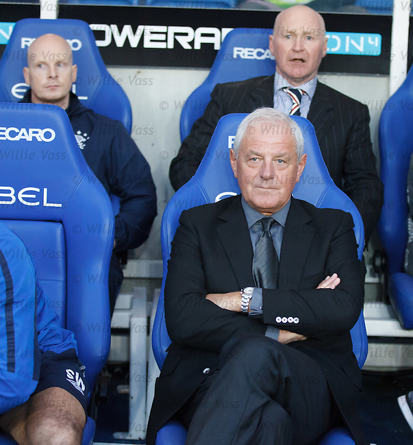 Walter Smith contemplating his 4-5-1