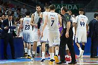 MADRID, ESPAÑA - 11 DE JUNIO DE 2017: La plantilla del Real Madrid durante el partido entre Real Madrid y Valencia Basket, correspondiente al segundo encuentro de playoff de la final de la Liga Endesa, disputado en el WiZink Center de Madrid. (Foto: Mateo Villalba-Agencia LOF)