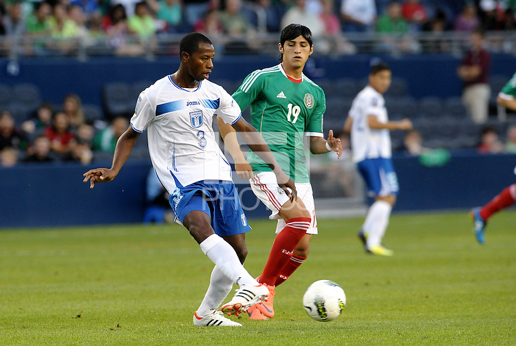Jose Velasquez (3) Honduras passes the ball... Mexico defeated Honduras 2-1 after extra time to win the CONCACAF Olympic qualifying trophy at LIVESTRONG Sporting Park, Kansas City, Kansas.