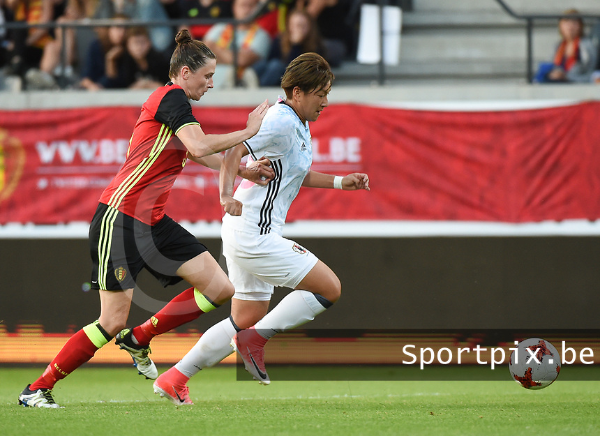 20170613 - LEUVEN ,  BELGIUM : Belgian Heleen Jaques (L) and Japanese Yuika Sugasawa (R) pictured during the female soccer game between the Belgian Red Flames and Japan , a friendly game before the European Championship in The Netherlands 2017  , Tuesday 13 th Juin 2017 at Stadion Den Dreef  in Leuven , Belgium. PHOTO SPORTPIX.BE | DIRK VUYLSTEKE