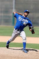 Leonel Santiago ---  AZL Royals - 2009 Arizona League.Photo by:  Bill Mitchell/Four Seam Images
