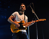 HOLLYWOOD FL - NOVEMBER 06: Johnny McDaid of Snow Patrol performs at the Hard Rock Events Center held at the Seminole Hard Rock Hotel & Casino on November 6, 2018 in Hollywood, Florida. : Credit Larry Marano © 2018