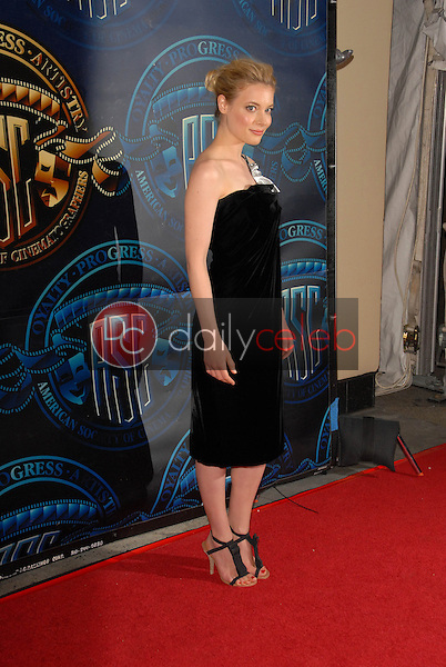 Gillian Jacobs<br /> at the ASC 25th Annual Outstanding Achievement Awards, Grand Ballroom, Hollywood. CA. 02-13-11<br /> David Edwards/DailyCeleb.com 818-249-4998