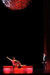 PROUST OU LES INTERMITTENCES DU COEUR (1974)....Choregraphie : PETIT Roland..Lumiere : DESIRE Jean Michel..Costumes : SPINATELLI Luisa..Decors : MICHEL Bernard..Avec :..BULLION Stephane..LEGRIS Manuel..Lieu : Opera Garnier..Compagnie : Ballet National de l'Opera de Paris..Orchestre de l'Opera National de Paris..Ville : Paris..Le : 26 05 2009....© Laurent PAILLIER / photosdedanse.com..All rights reserved