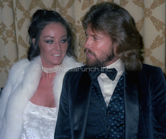 Barry Gibb and wife Linda Gibb at the American Music Awards on January 12, 1979<br /> Photo By John Barrett/PHOTOlink /MediaPunch
