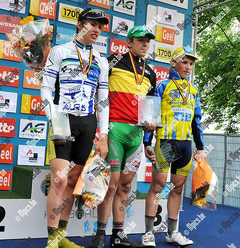 2010-05-30 / wielrennen / BK 2010 Geel / junioren / De eerste drie bij de junioren, vlnr : Ruben Geerinckx, Jasper De Buyst en Emiel Vermeulen