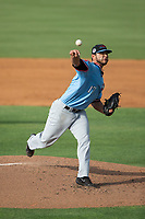 Hickory Crawdads starting pitcher Edgar Arredondo (17) delivers a pitch to the plate against the Kannapolis Intimidators in game one of a double-header at Kannapolis Intimidators Stadium on May 19, 2017 in Kannapolis, North Carolina.  The Crawdads defeated the Intimidators 5-4.  (Brian Westerholt/Four Seam Images)