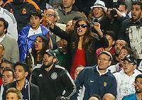 LISBOA, PORTUGUAL, 24.05.2014 - LIGA DOS CAMPEOES - REAL MADRID - ATLETICO DE MADRID - Irina Shayk namorado do jogador Cristiano Ronaldo do Real Madrid comemora a conquista da Liga dos Campeões após a vitória por 4 a 1, na prorrogação contra o Atlético de Madrid, no estádio da Luz, em Lisboa, Portugal, neste sábado. O Real conquistou a taça da Liga pela 10ª vez. (PHOTO: PIXATHLON / BRAZIL PHOTO PRESS).