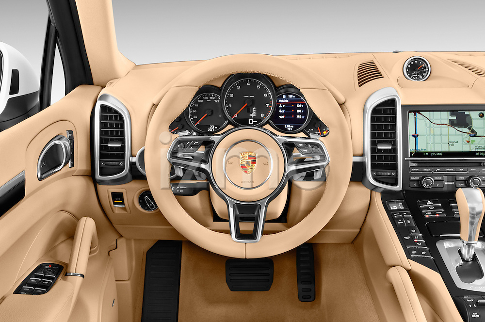 Car pictures of steering wheel view of a 2017 Porsche Cayenne Diesel 5 Door SUV Steering Wheel