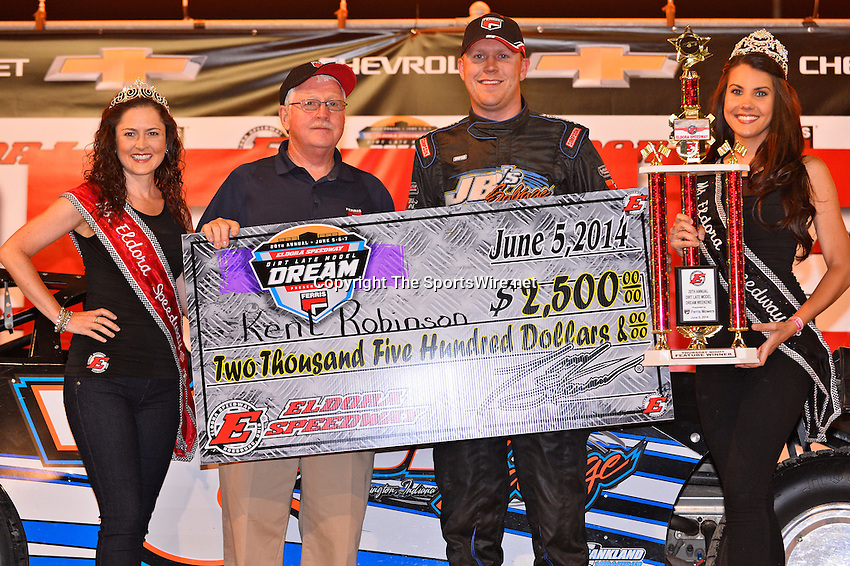 Jun 5, 2014; 9:17:53 PM; Rossburg, OH., USA; The 20th annual Dirt Late Model Dream XX in an expanded format for Eldora's $100,000-to-win race includes two nights of double features, 567 laps of action  Mandatory Credit:(thesportswire.net)