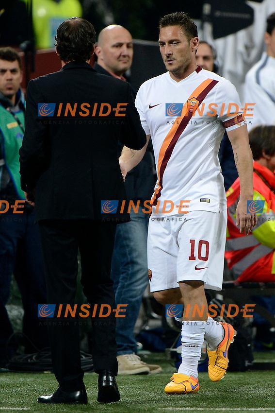 Delusione Francesco Totti Roma dopo la sostituzione con Rudi Garcia<br /> Milano 25-04-2015 Stadio Giuseppe Meazza - Football Calcio Serie A Inter - Roma. Foto Giuseppe Celeste / Insidefoto