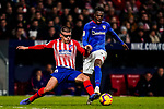 Inaki Williams Arthuer of Athletic de Bilbao (R) competes for the ball with Francisco Montero of Atletico de Madrid during the La Liga 2018-19 match between Atletico de Madrid and Athletic de Bilbao at Wanda Metropolitano, on November 10 2018 in Madrid, Spain. Photo by Diego Gouto / Power Sport Images